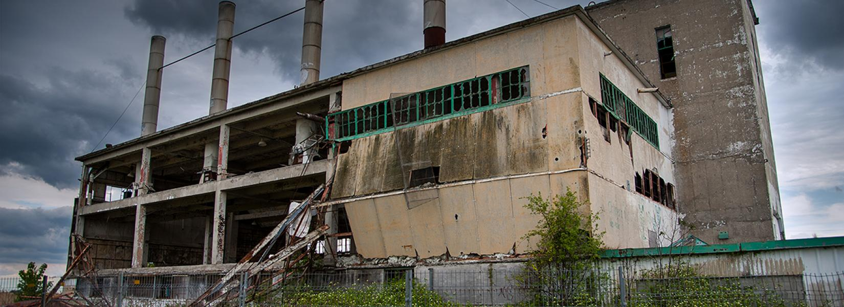 The abandoned plant in St-Hubert